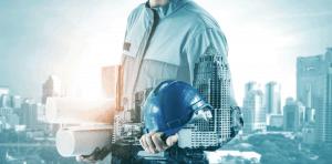 עובד בניין עם רקע טכנולוגי